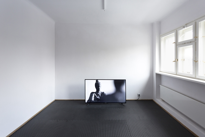 Jan Domicz Domicz Domicz At Wsch D Gallery Warsaw Mousse Magazine # Muebles Henderson