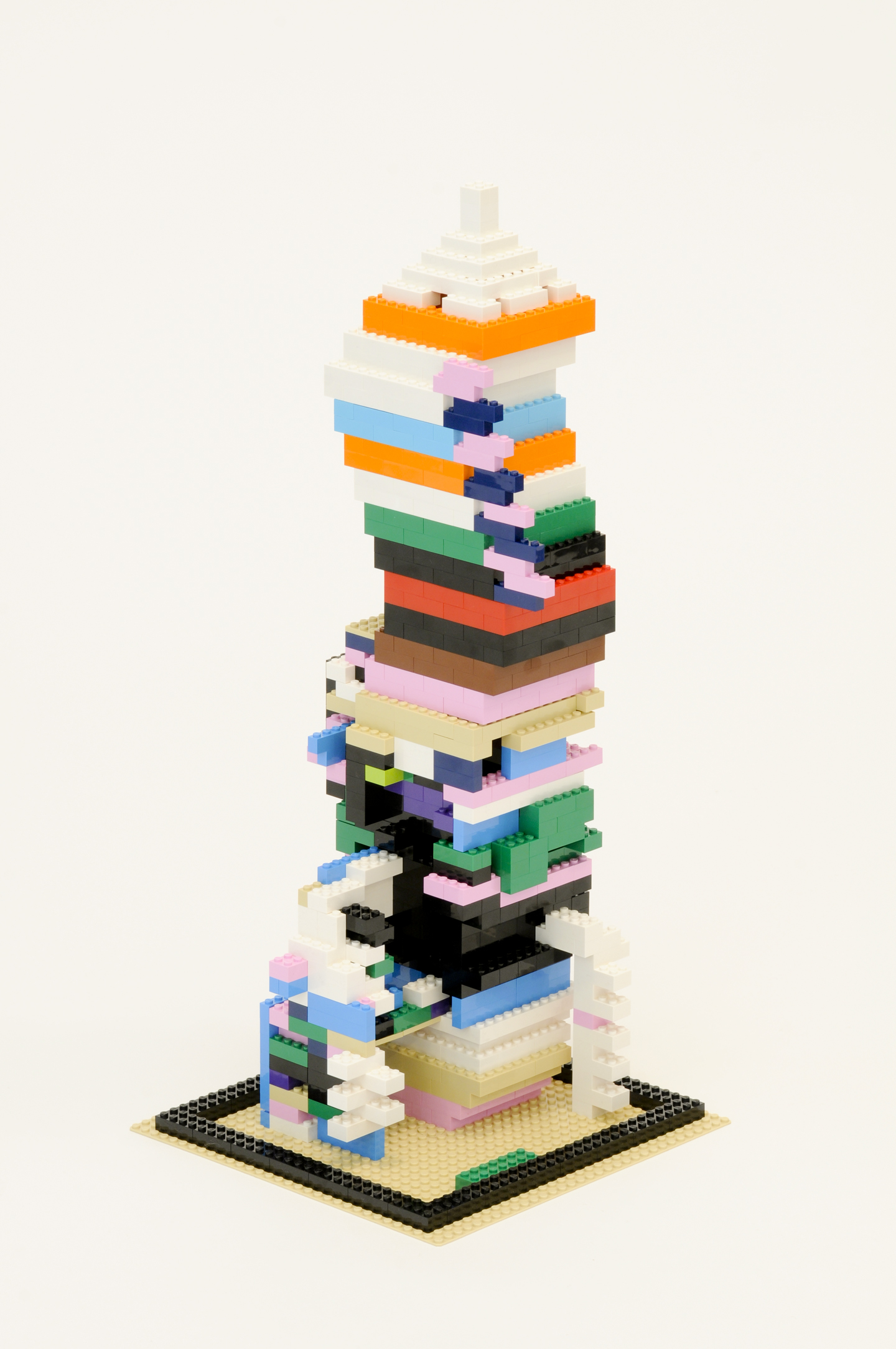 Douglas Coupland, Crowd-sourced Lego modules randomly attached to each other, 2014. Courtesy: Daniel Faria Gallery, Toronto. Photo: Andrew Jenkins