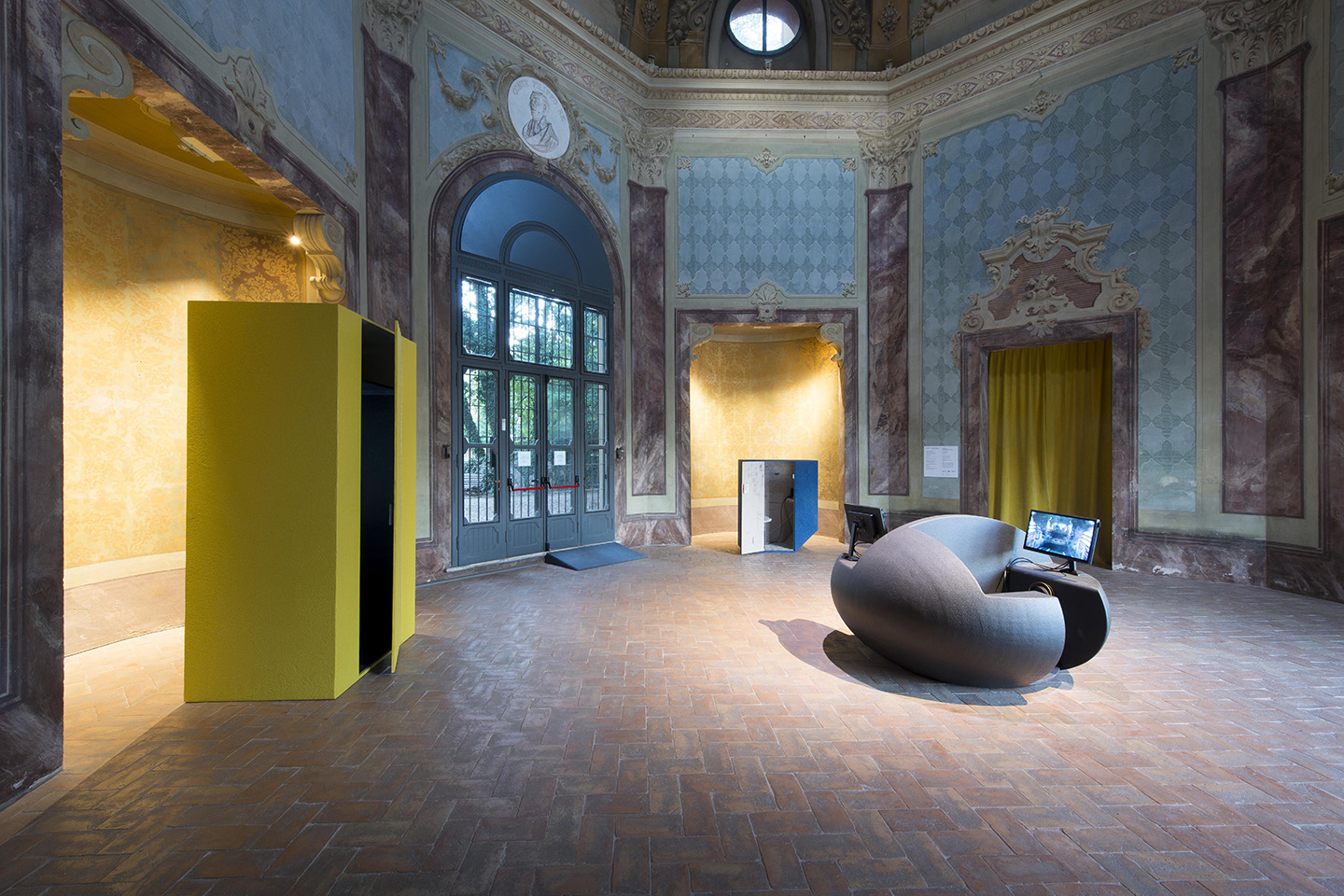 Studio La Sala Milano the owl of minerva spreads its wings only with the falling