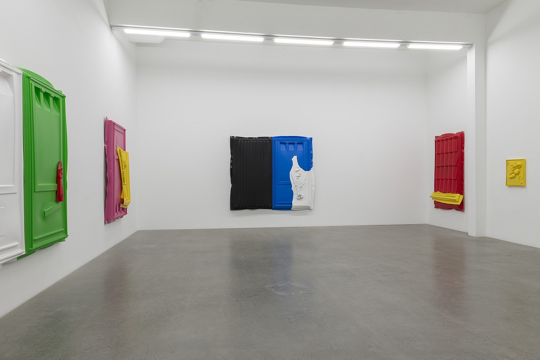 Andreas Slominski, U201ctranshumanistischu201d At Galerie Neu, Linienstraße 119  Abc, Berlin, Berlin Gallery Weekend, 2017. Courtesy: The Artist And Galerie  Neu, ...