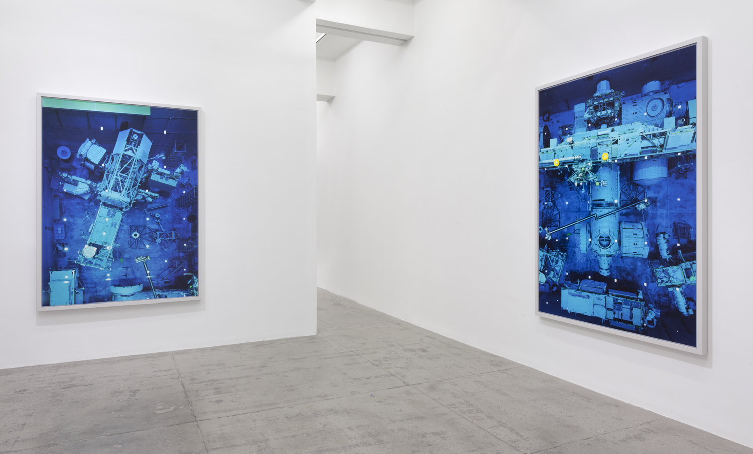 Thomas Struth New Works At Marian Goodman Gallery New York  # Muebles Memento