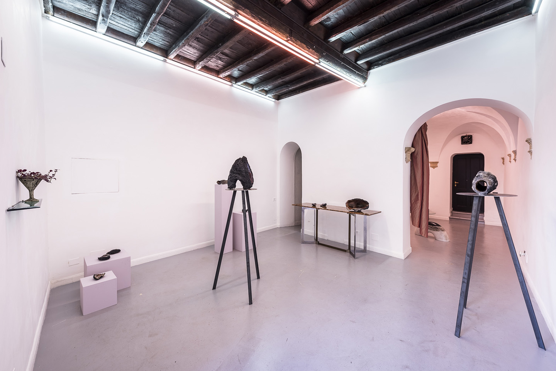 Cleo Fariselli Dy Yiayi At Operativa Arte Contemporanea Rome  # Muebles Luciano