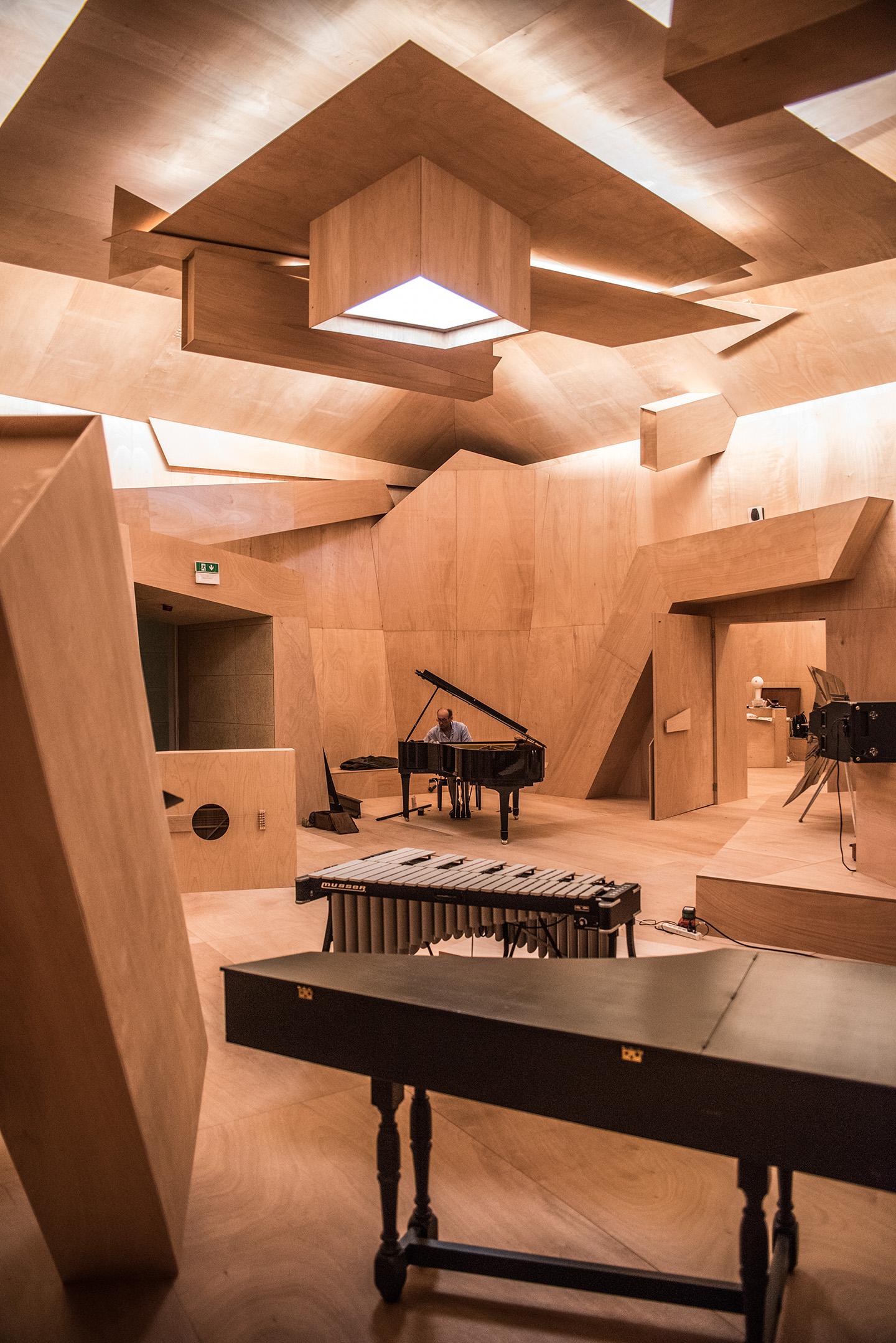 Xavier Veilhan Studio Venezia At French Pavilion Venice  # Muebles San Giacomo