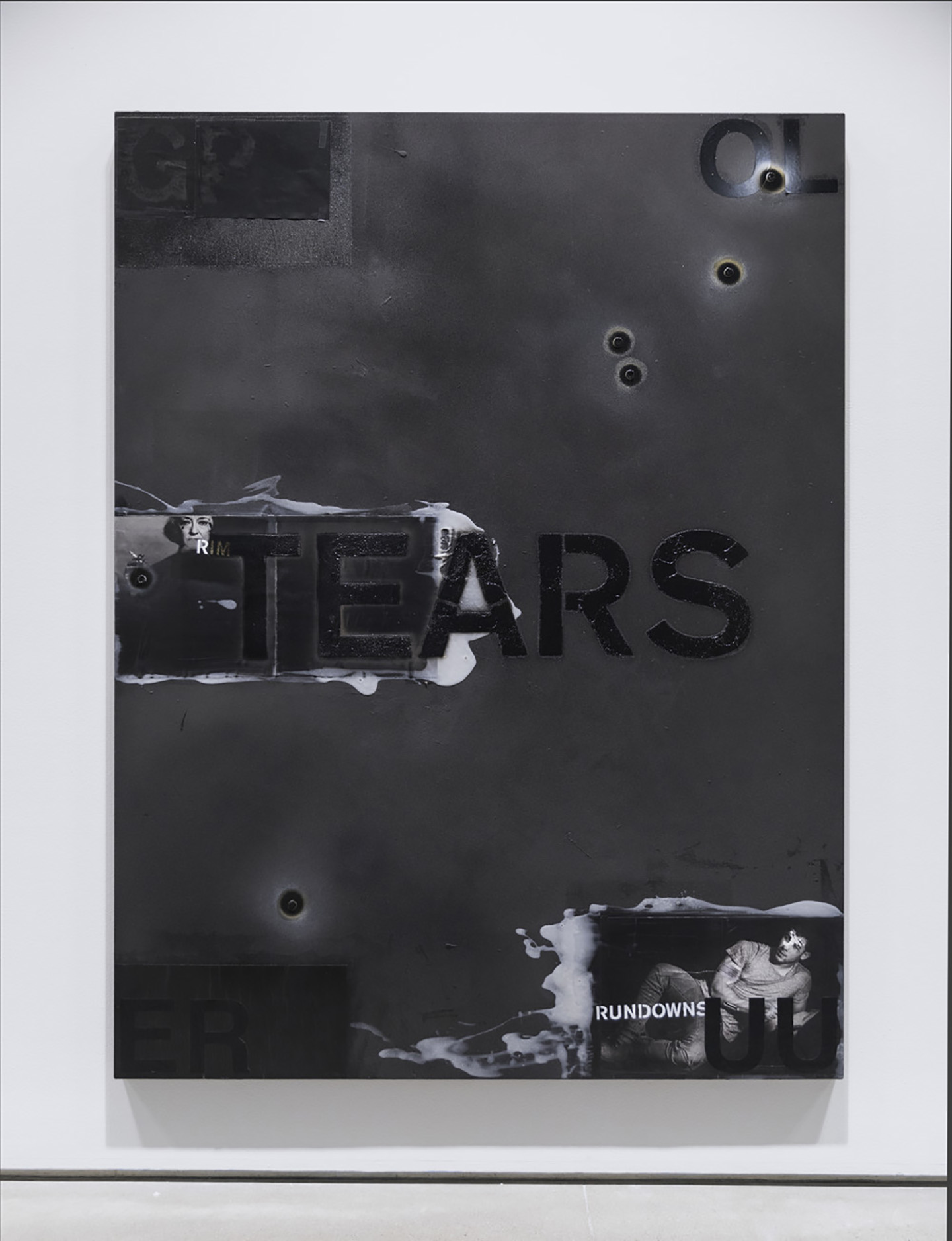 Mark Verabioff Tears At Team Gallery New York Mousse Magazine # Muebles Dolores