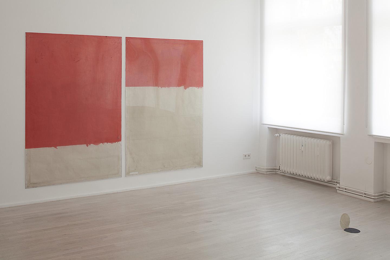 Ian Kiaer U201cEndnote, Toothu201d Installation View At Galerie Barbara Wien,  Berlin, 2, Berlin Gallery Weekend, 2017. Courtesy: Galerie Barbara Wien,  Berlin.