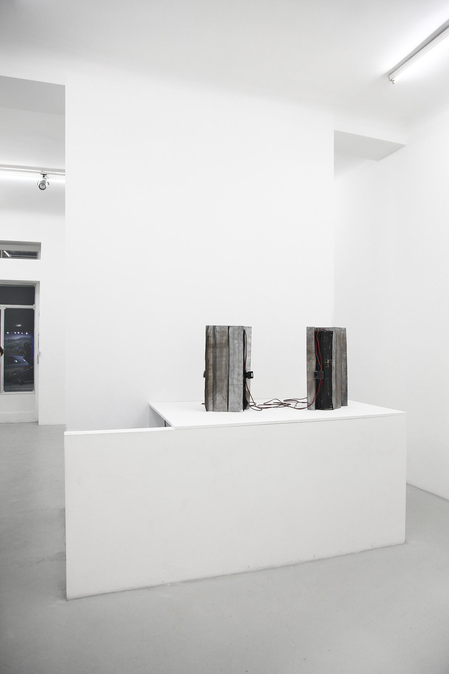 Liliana Moro And Francesco Fonassi Blitz At Renata Fabbri Arte  # Muebles Liliana