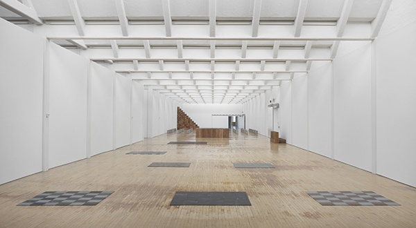 carl andre essay on sculpture Essay on sculpture - carl andre, 1964 art experience nyc: wwwartexperiencenyccom.