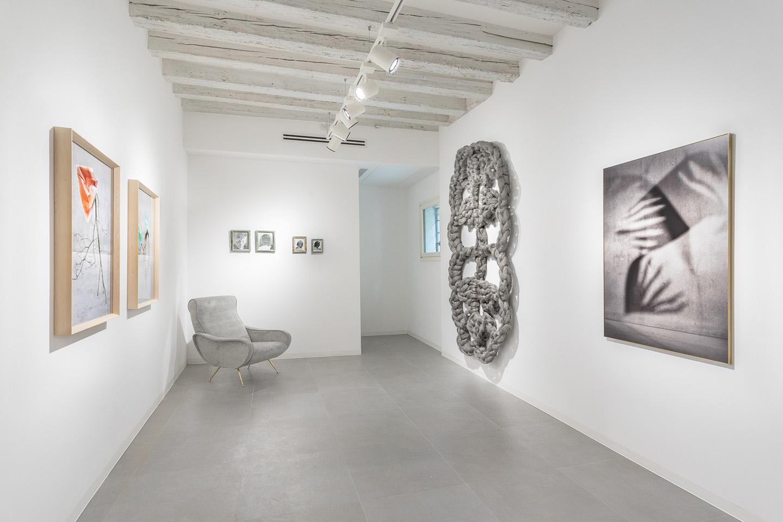 Ver Nica V Zquez And Laura Renna At Marignana Arte Venice Mousse  # Muebles Podesta