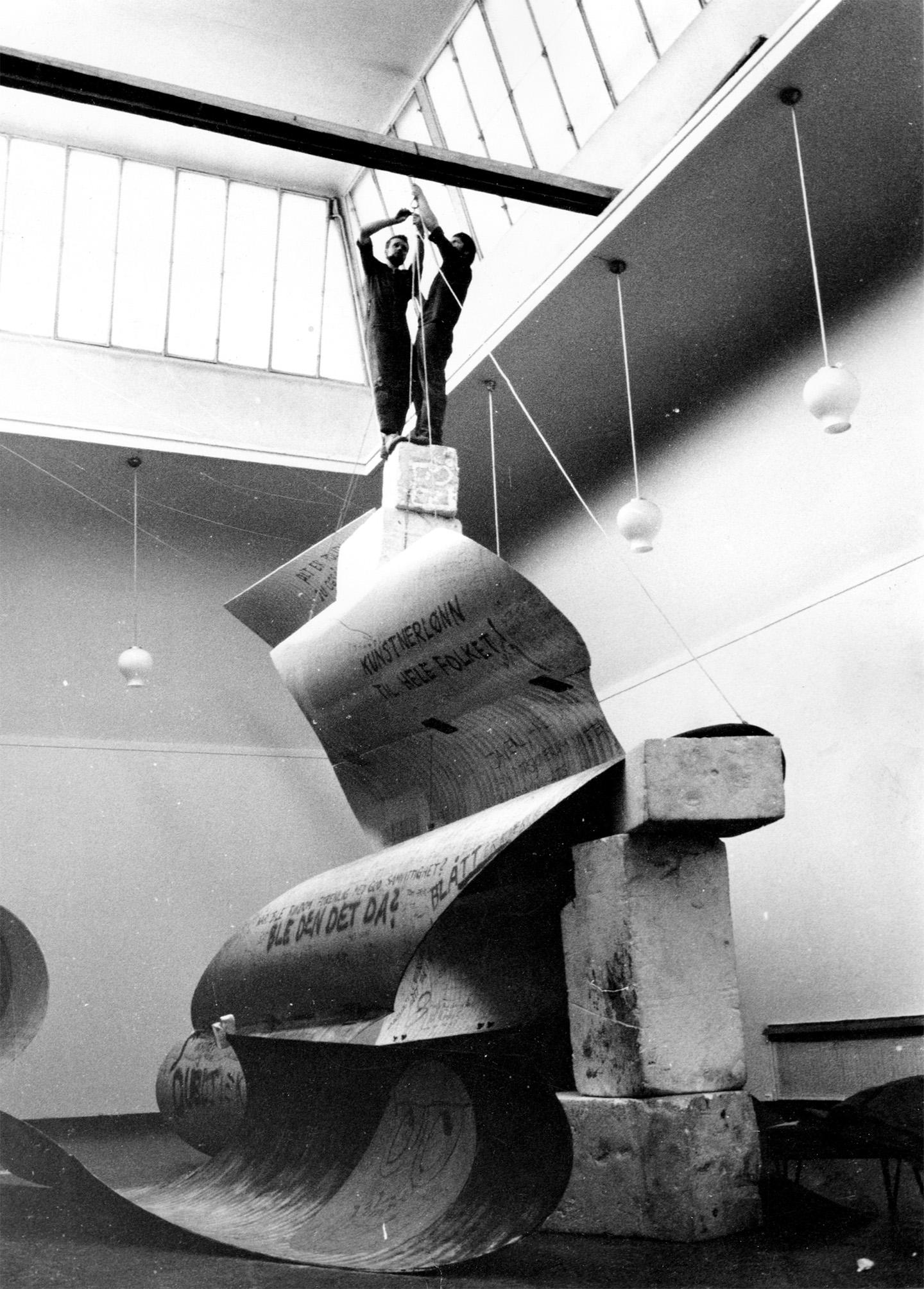 Monumental Playfulness Siri Aurdal Mousse Magazine # Muebles Einstein