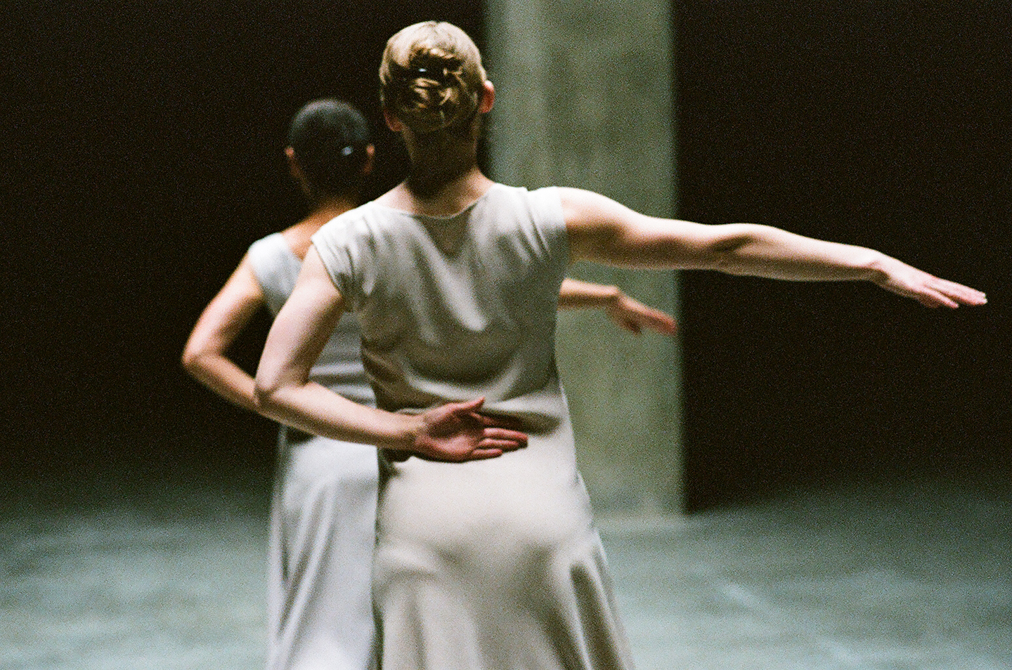 Anne Teresa de Keersmaeker, Fase, Four Movements to the Music of Steve Reich, Tate Modern, 2012. Photo: Anne Van Aerschot